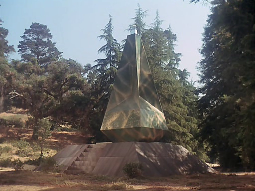 Preserver obelisk in Star Trek E03E06 The Paradise Syndrome
